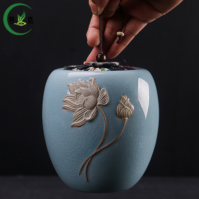 11x13CM High Quality Embossed With A Design Of Lotus Flower Ge Yao Porcelain