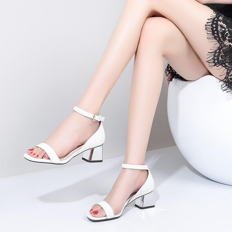 ZVQ Büro Dame Schaffell leder einlegesohle frau sandalen sommer Komfort klassischen 5 cm med Abdeckung Heels Hohl frauen schuhe-in Mittlere Absätze aus Schuhe bei  Gruppe 2