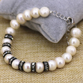 Natural 9-10mm blanco perla pulsera de cuentas de novia regalo de la fiesta de bodas de cristal negro espaciador de los encantos de la joyería 7.5 pulgadas B3093