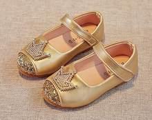 724c04fb6 الفتيات أحذية الأميرة تاج أحذية الذهب الأسود الاطفال الربيع الخريف حذاء  نينا sapatos بريق عطلة أحذية