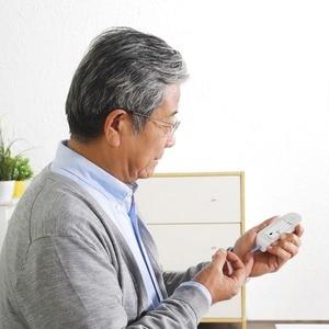 Image 4 - جهاز قياس جلوكوز الدم من Youpin جهاز قياس جلوكوز الدم مع شرائط اختبار جهاز تخزين صغير محمول 5 تروس شاشة LCD رقمية لإضاءة خلفية