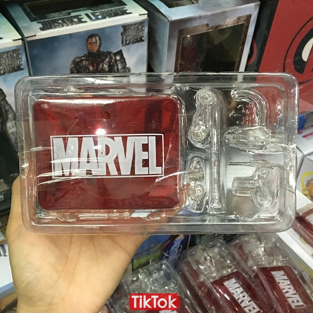 Movie Avengers Infinity War Iron Spider Man Action Figure