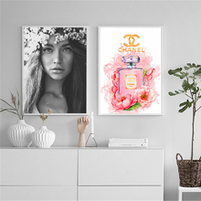 Nordic Posters and Prints Black White Woman Canvas paintings Wall art pictures for living room