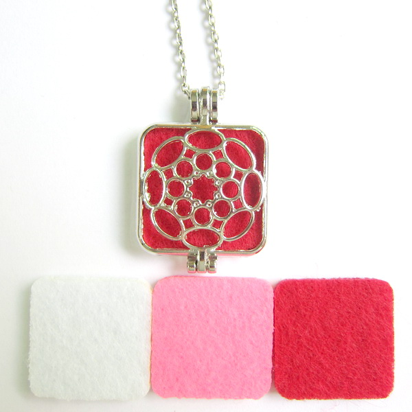 Nice hollowed flower pattern square pendant 80cm long oil diffuser necklace with 3pc felt pad