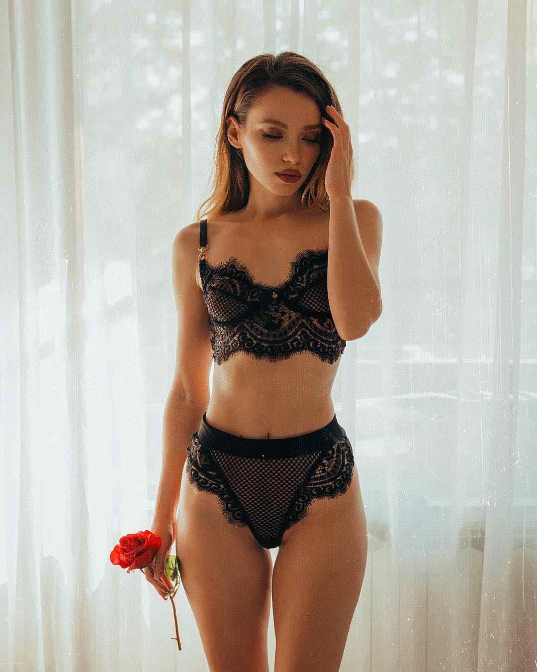 454301c3e Women s Underwear Lingerie Porno Bra And Panty Set Female Sexy Lace Suit  Dessous Gorge Sujetador Lenceria