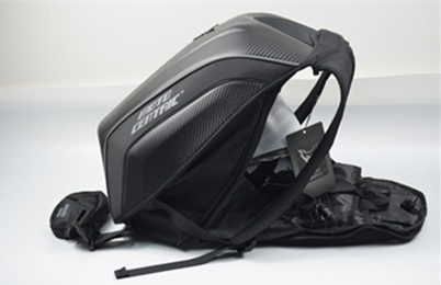 Carbon Fiber Hard Shell Motorcycle Riding Bicycle Backpacks Bag Waterproof Motorcycle Computer Bag You Can Put In The Helmet