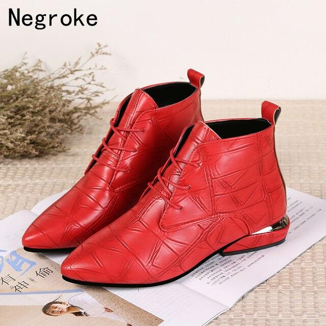 Botas de piel informales con tacón bajo para Mujer, botines de goma con punta en pico, en color negro y rojo, para Primavera, 2020