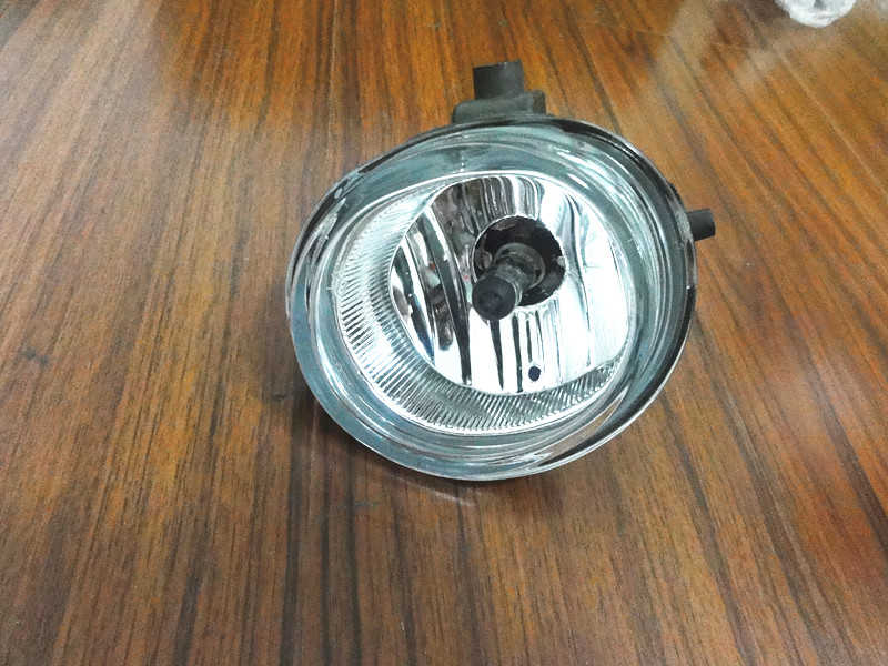1Pcs Right RH Clear Fog Lights Front Bumper Driving Lamp With bulb For Mazda 5 Mazda CX-7 Mazda 5 6 MX-5 MPV Miata 1 pcs driving light front bumper fog lamp with bulb rh passenger side for mazda premacy