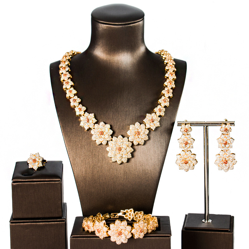 Dubai or bijoux ensembles pour femmes fleur nouveau luxe cubique zircone bijoux ensembles quatre pièces