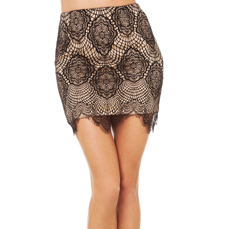 Sexy Lace Hooks Hollow One-step Skirt Fan-shaped Lace Skirt New Women Fashion Pure Color Polyester Black Lace Kilt Street People