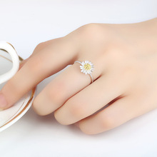 1PC Romantic Dainty Women Ring Hollow Heart Ring Minimalist Adjustable Daisy Flower Open Ring For Couple Wedding Promise Jewelry