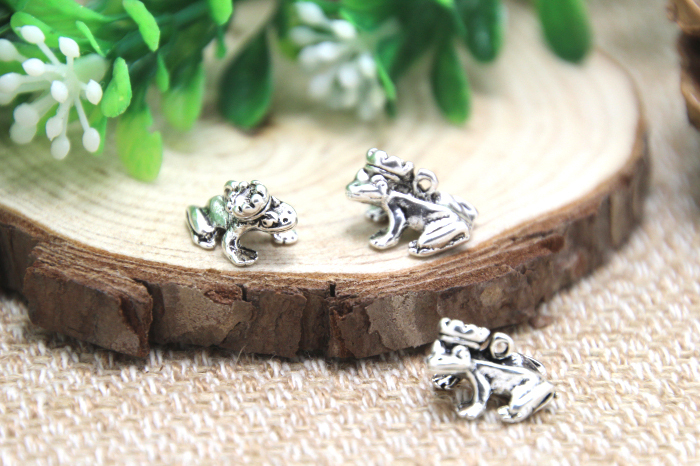 Steel Crown Frog 3D Cufflinks