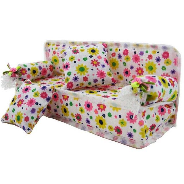 1 Pcs Mini Sofá Brinquedo do Jogo Da Cópia Da Flor Do Bebê Brinquedo de Pelúcia Sofá Mobiliário Com 2x Almofadas Para Sofá Boneca casa de boneca