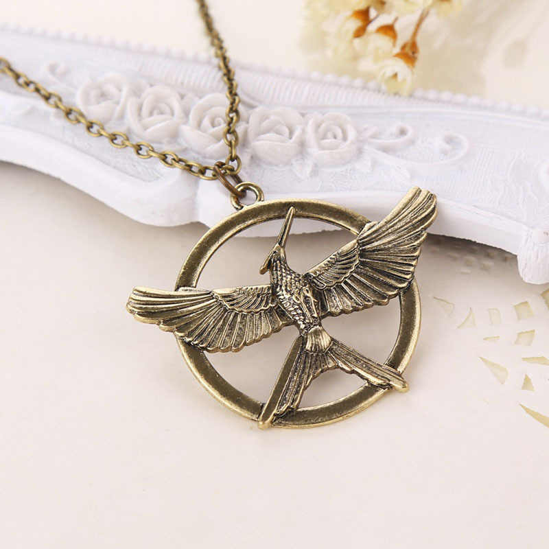 Hunger Game Ridicule Bird Necklace Pendeloque Cut Men And Women Fashion Popular New Product Sweater Chain