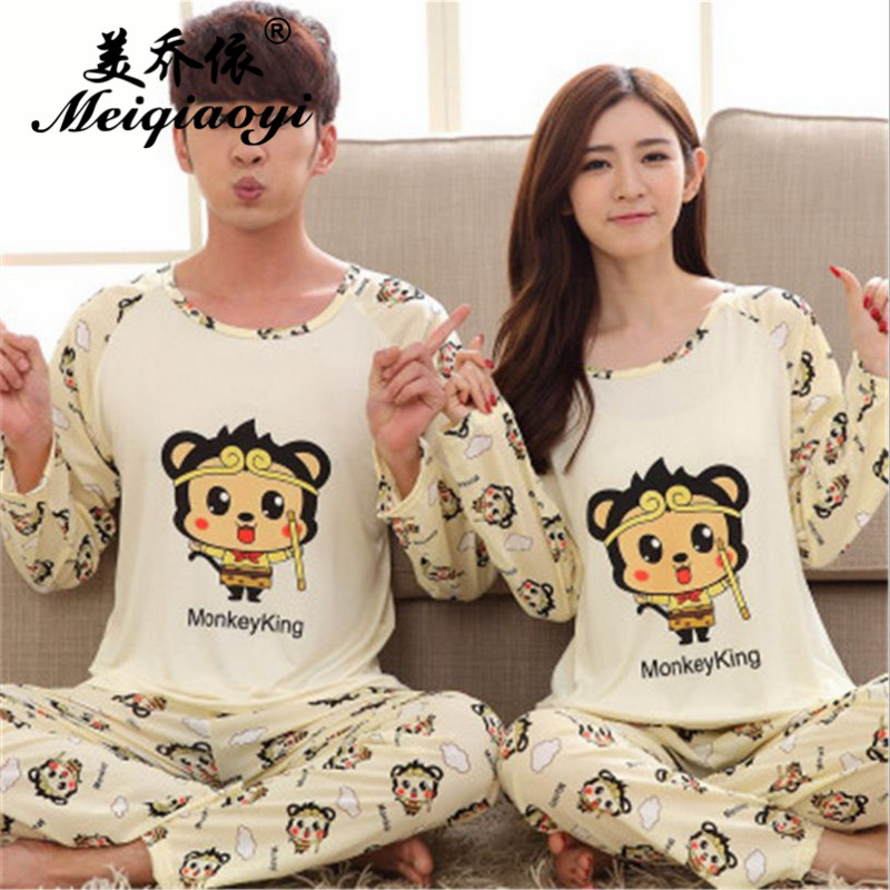 2018 spring New Men/Women Classic Cartoon pattern Pajamas stes Round Neck Long sleeve trousers Sleepwear Couple Leisure wear