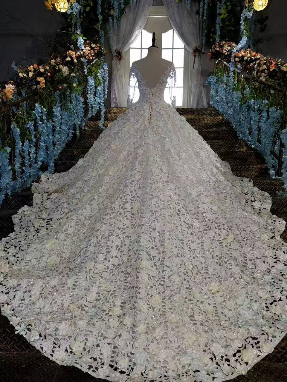 Luxury Cathedral Train Crystal Trouwjurken Princess Designer - Trouwjurken - Foto 4