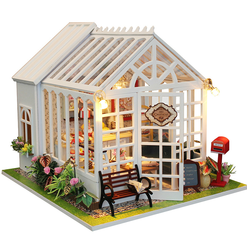 Christmas Decor DIY Doll House Wooden Doll Houses Miniature dollhouse Furniture Kit Toys for children Gift doll houses сумка wooden houses w287 2014