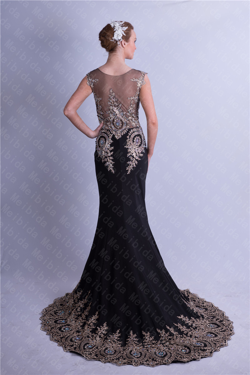 Mysterious prom dresses