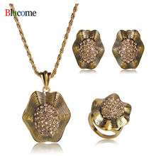 High Quality Vintage Antique Gold Crystal Flower Pendant Necklace Earring Ring Jewelry Set girl Banquet Party Accessories Gift(China)