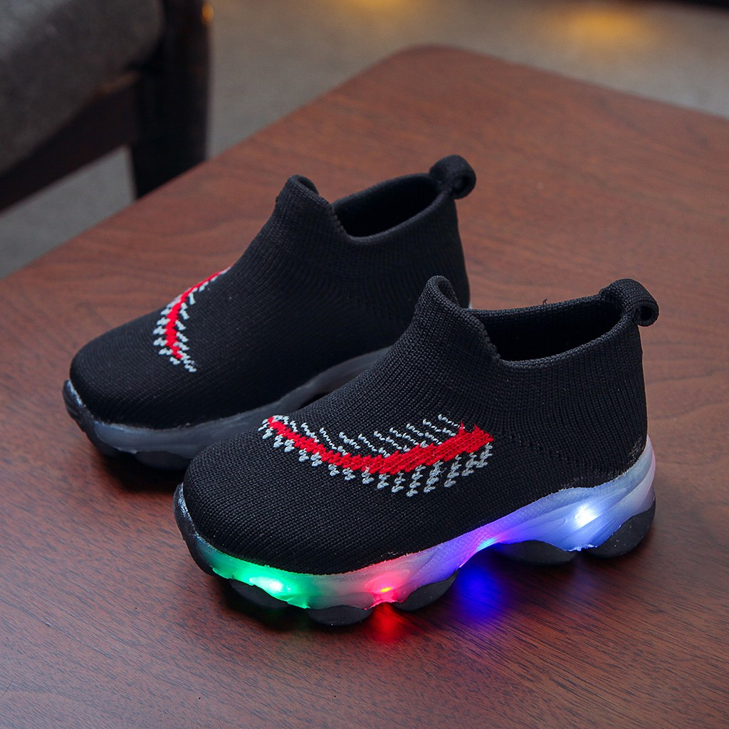 LED Feather Pattern Breathable Sneakers 4
