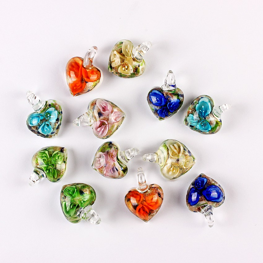 QianBei Wholesale 6Pcs Fashion Heart Shape Flower Charm Glass Pendant Bead Woman For Earring Necklace Jewelry Accessaries Girl