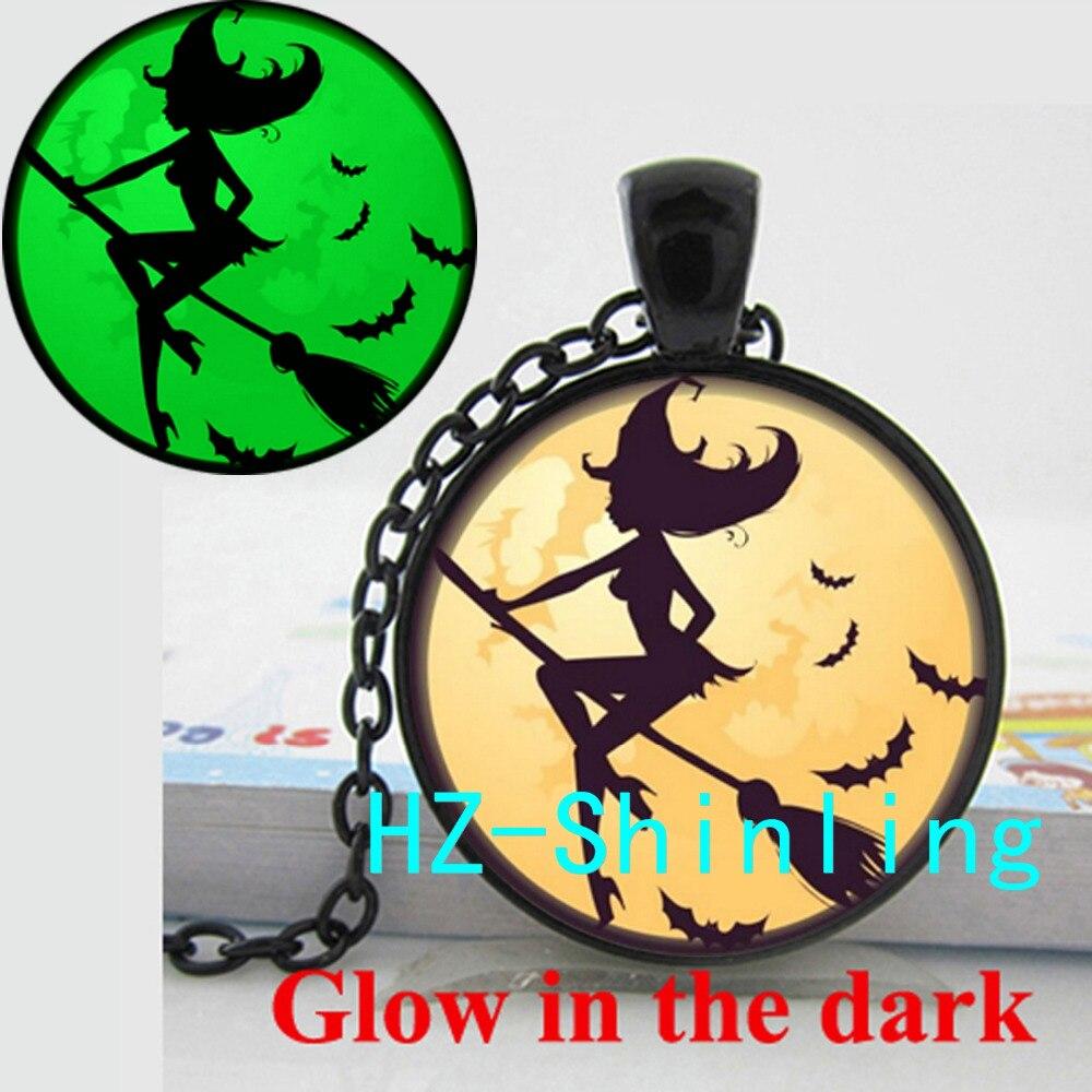 GL-00596 New Fashion Glowing Halloween Witch Necklace Sexy Witch Pendant Glow in The Dark Jewelry Round Glass Necklace