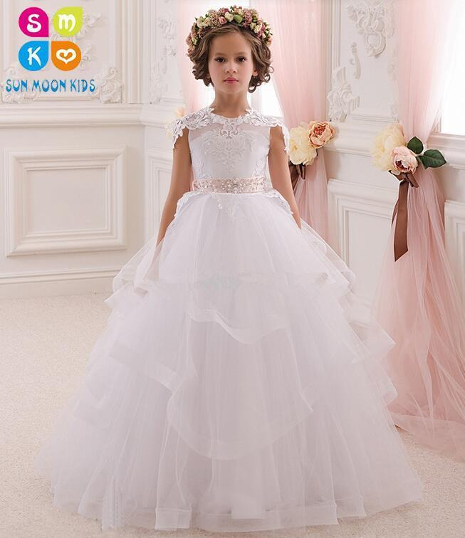 купить Pretty Scoop Ivory White Lace Flower Girls Dresses For Wedding Ball Gown Cristal Belt Girls First Communion Dresses Party Dress онлайн
