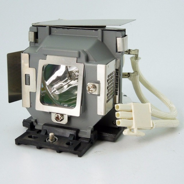 SP-LAMP-061  Replacement Projector Lamp with Housing  for  INFOCUS IN104 / IN105