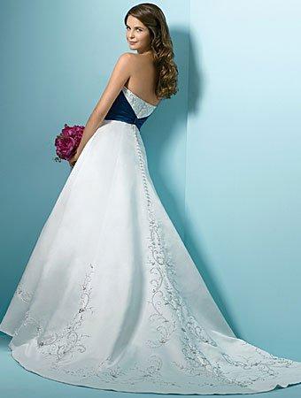 256652dac Vestidos De Novia Princesa por encargo De blanco y azul De raso bordado  rebordear lentejuelas una