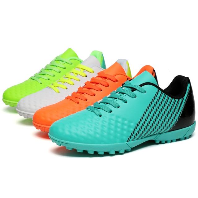 Indoor soccer shoes homens baixos top sapatos de futsal chuteiras de futebol  adultos magista sapatos TF 430176926bee1