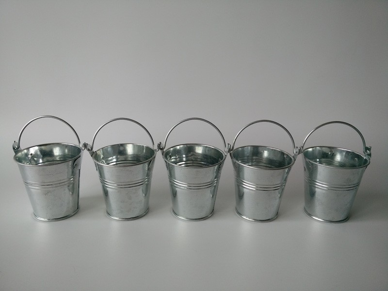 10pcs lot d7 h7cm silvery color mini buckets tin pots for Small pail buckets