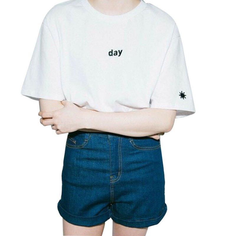 2018 Mujeres del verano camiseta estilo Harajuku día y noche bordado camiseta femenina de manga corta Tops