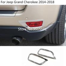 Auto ABS Bicromato di Potassio della copertura trim posteriore coda posteriore della luce di nebbia struttura della lampada parti di 2 pcs Per Jeep Grand Cherokee 2014 2015 2016 2017 2018