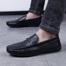 2019 New Mens Shoes Casual Driving Drive Shoes Leather Comfortable Man Loafers Black Gray Slip On Footwear Men 2082
