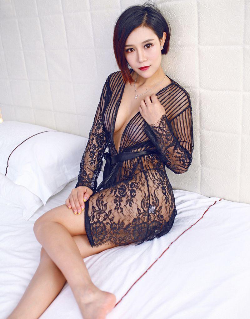 Порно в женских халатах