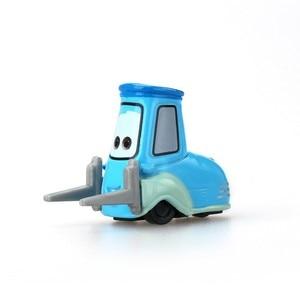 Image 3 - Disney Pixar Cars3 3 véhicule Lightning 39 Style McQueen, Mater Jackson Storm Ramirez, échelle 1:55, Diecast, en alliage métallique pour garçons et enfants, cadeau
