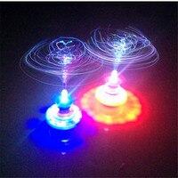 Kleurrijke Crown glasvezel knipperende muziek gyro peg-top Elektrische tol gyroscoop Creative Kids UFO speelgoed jongen gift