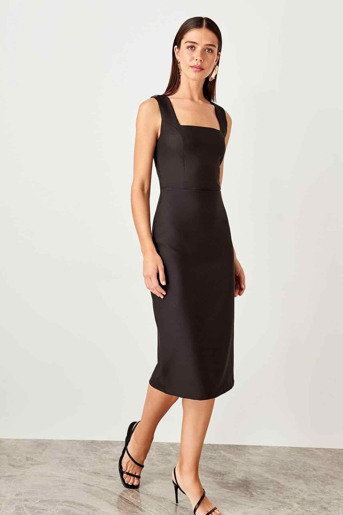 Trendyol черное классическое платье TWOSS19BB0500
