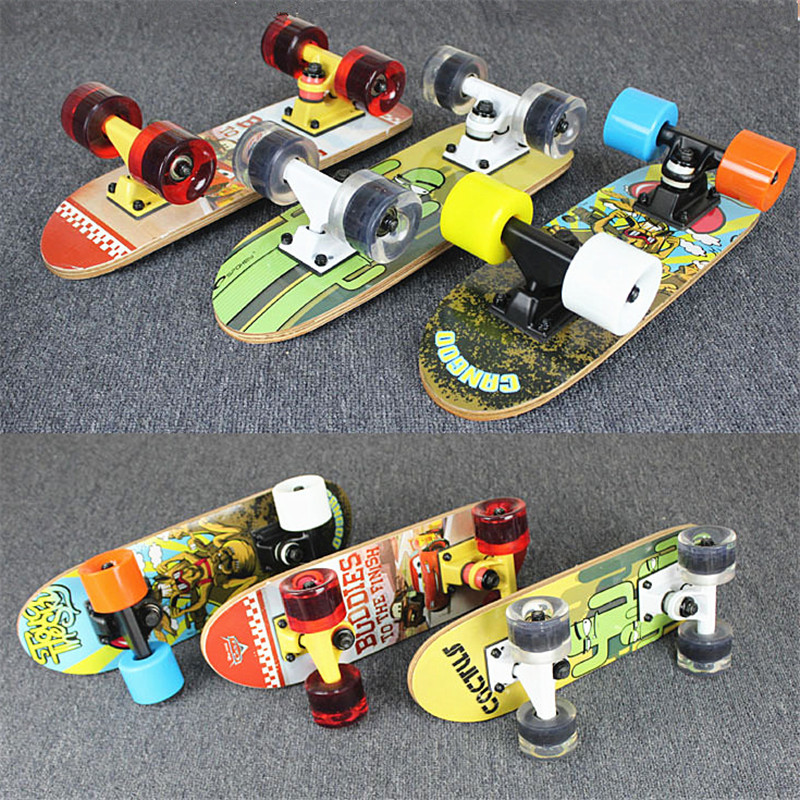 Portable Mini Skate Board with 17'' inches 8 Layers Maple Board, Skateboard can be carries in the backpack bag