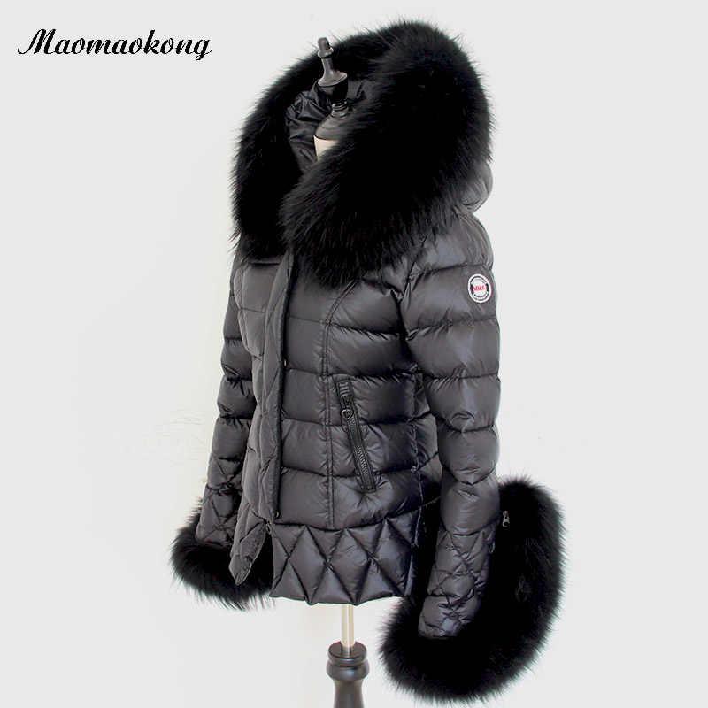 Новинка 2019, женские зимние куртки, Черное Женское пальто, верхняя одежда, брендовые и пальто, большой воротник из натурального меха енота, белые пуховики