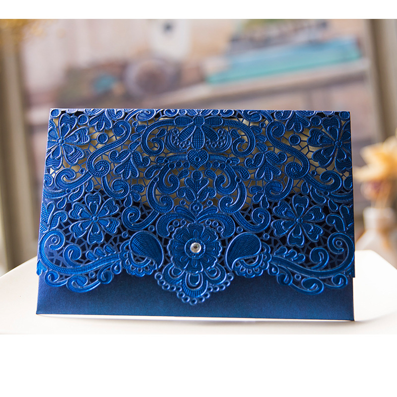 Royal Blue Pink Red Gold Laser Cut Wedding Invitations Rhinestones 50pcs Party Decoration Vintage Wedding Cards Invitation 2017