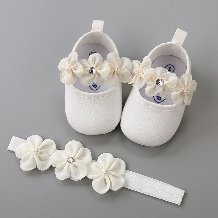 Elegant Baby Girls Beige with Flowers 6 Months Baptism Shoes