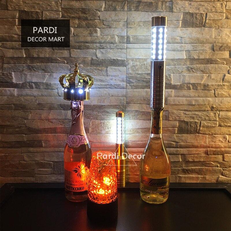 Ev ve Bahçe'ten Kızdırma Parti Malzemeleri'de YENI Tasarım LB03 Altın Gümüş LED strobe baton şişe elektronik maytap yanıp sönen şişe baton gece kulübü promosyon 5 adet/grup'da  Grup 1