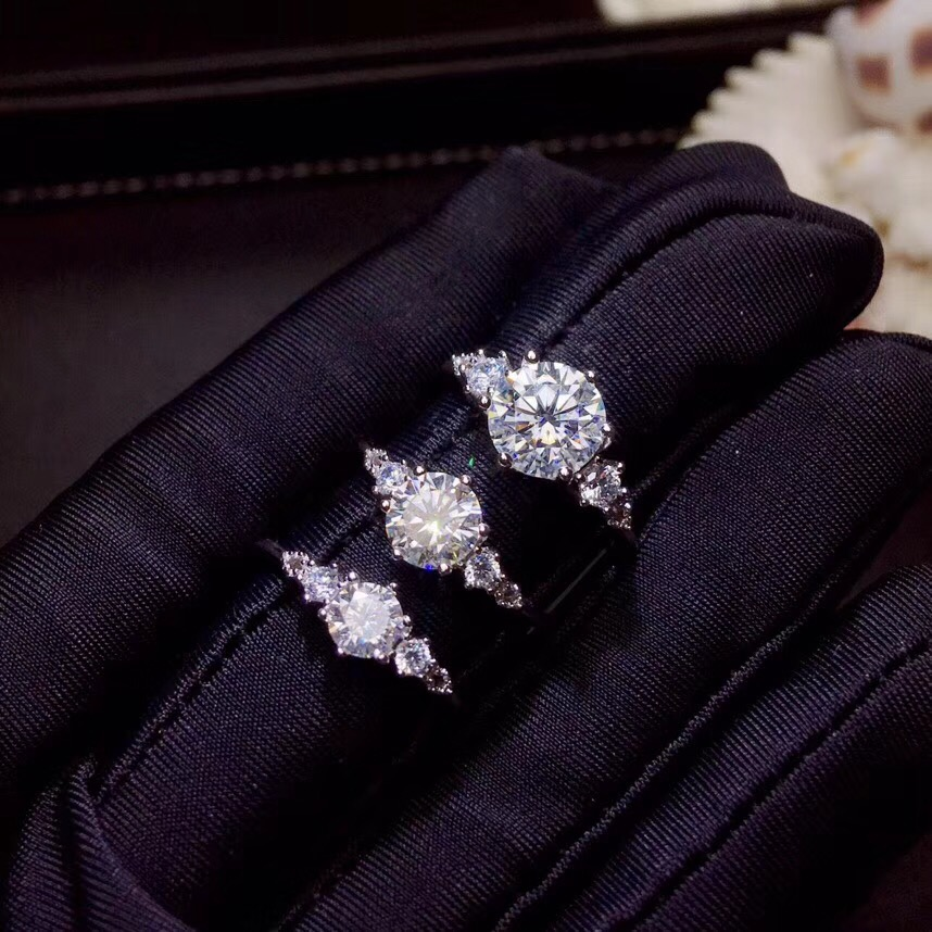 moissanite carats Super hot selling comparable to diamonds exquisite craftsmanship