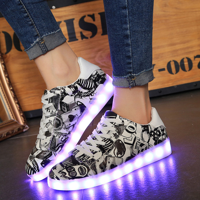 reputable site 5c3c3 503a6 Size 35 44 Hot Luminous Glowing Sneakers Children Kids Led Shoes with Light  Sole Up LED Slipper Boys Girls Lumineuse Shoes-in Sneakers from Mother & ...