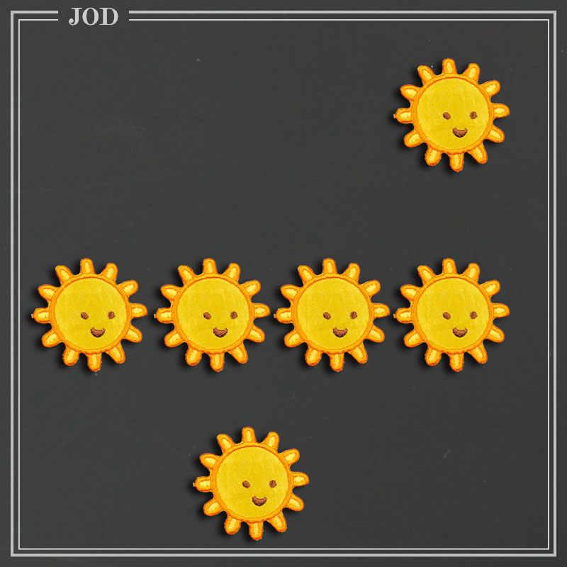 6 stuks Zon Gezicht Geborduurde Ijzer op Patches voor Kleding DIY Strepen Kleding Patchwork Sticker Custom Bloemen Applique