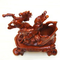 Madaochenggong! Zodiac resin horse ornaments resin crafts ornaments creative gifts office