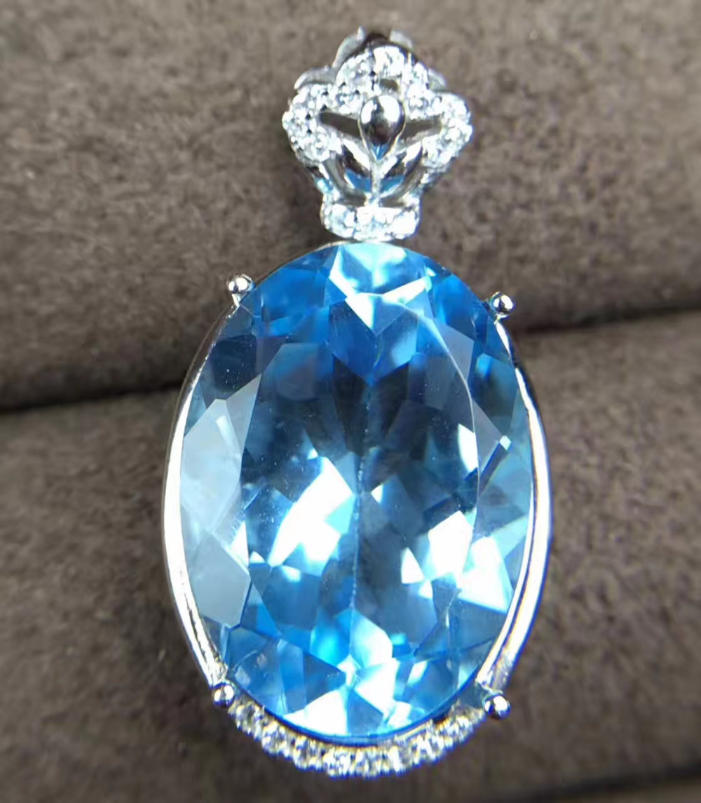 Натуральный большой голубой топаз кулон S925 серебро Природный камень кулон Цепочки и ожерелья модный элегантный круглый цветок кости женск