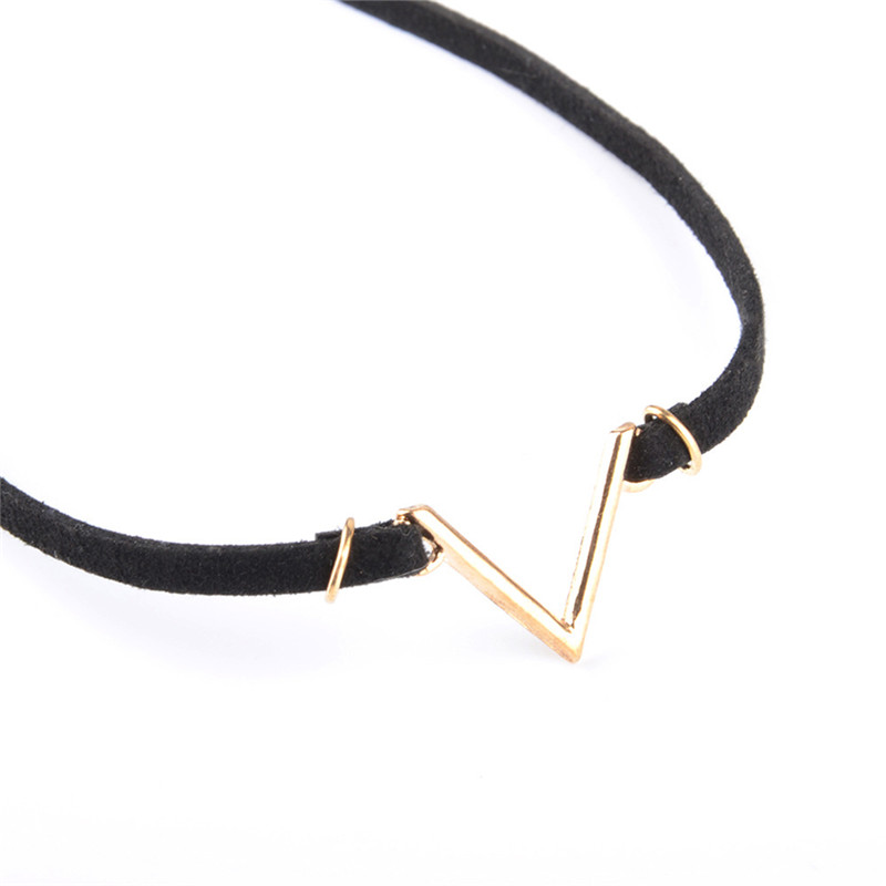 New Fashion V Shape Chokers Necklace Torques Summer Punk Style Black Short Velvet Collar Necklaces For Women