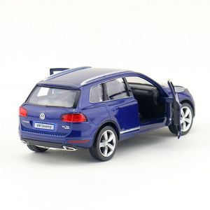 Image 5 - משלוח חינם/RMZ עיר צעצוע/Diecast דגם/1:36 סולם/פולקסווגן טוארג ספורט SUV/למשוך בחזרה רכב/חינוכיים אוסף/מתנה/ילד
